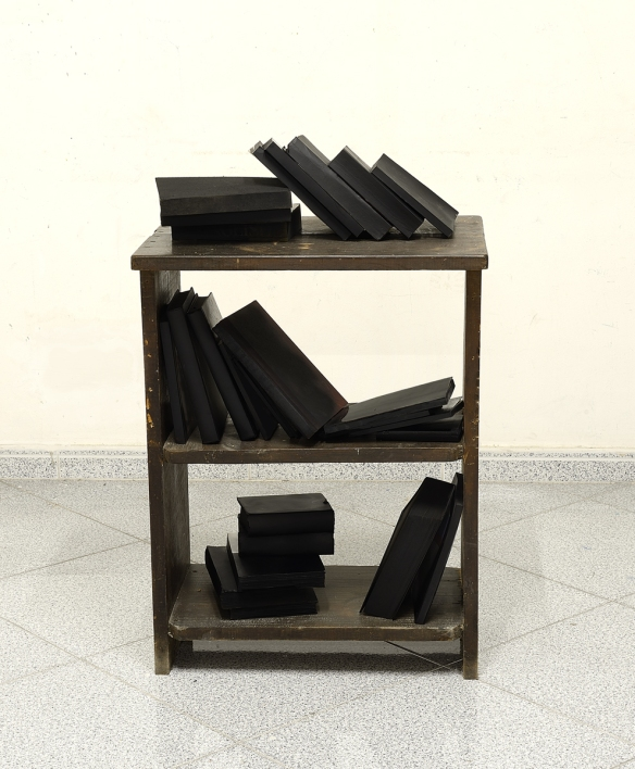 Fernando J. Ribeiro_Books sculpture installation_2015