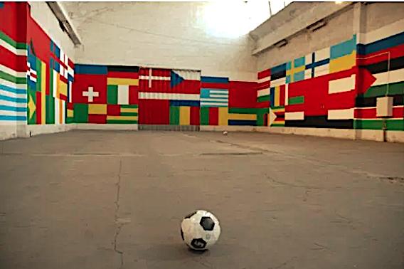 Fernando J. Ribeiro_world cup_wall painting_2004