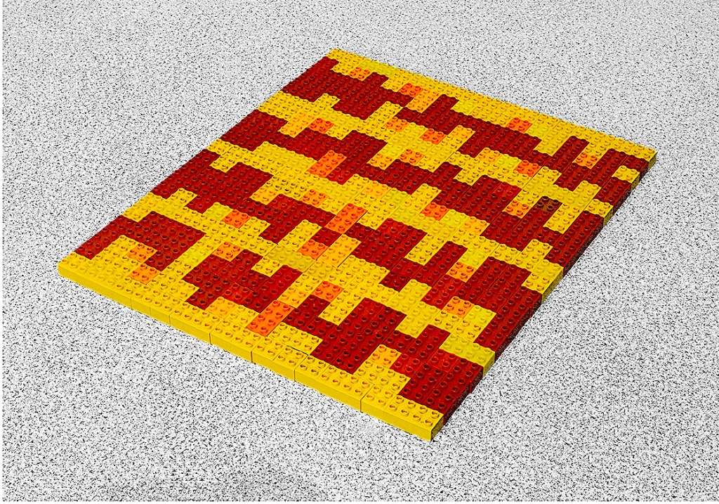 Fernando J. Ribeiro_Home Carpet. Red Model_LEGO sculpture_2021